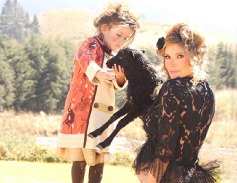 """La actriz contó su sentir al ver el trabajo de la pequeña Antonia en la nueva telenovela """"Lo que la vida me robó"""", de Angelli Nesma."""