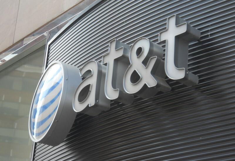 AT&T investigada