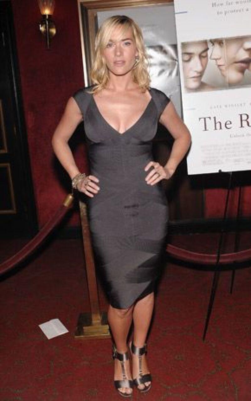 La actriz británica Kate Winslet visitó el programa de Oprah Winfrey, donde habló de su intimidad y de su papel en The Reader, su más reciente película.