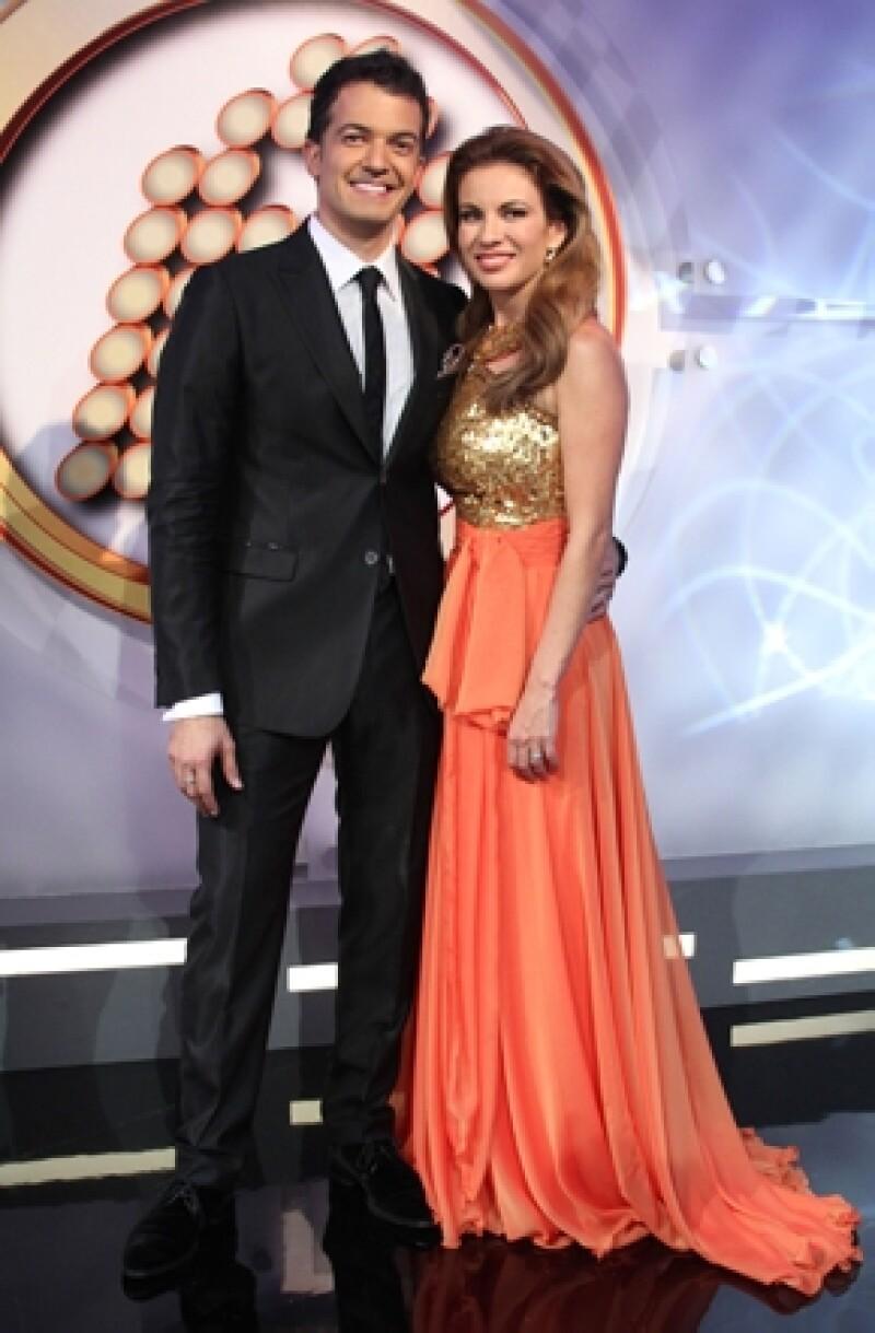 Después de haber tenido problemas con su médico anterior, el actor y su esposa Ingrid Coronado decidieron cambiar de doctor y tratamiento para curar el cáncer de pulmón que le detectaron en 2012.
