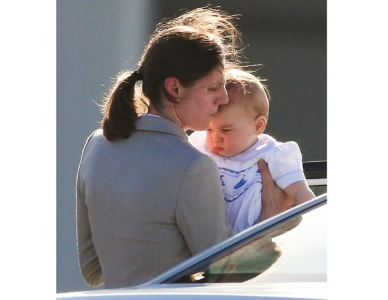 Esta es la primera vez que vemos a la niñera cuidando al pequeño de ocho meses.