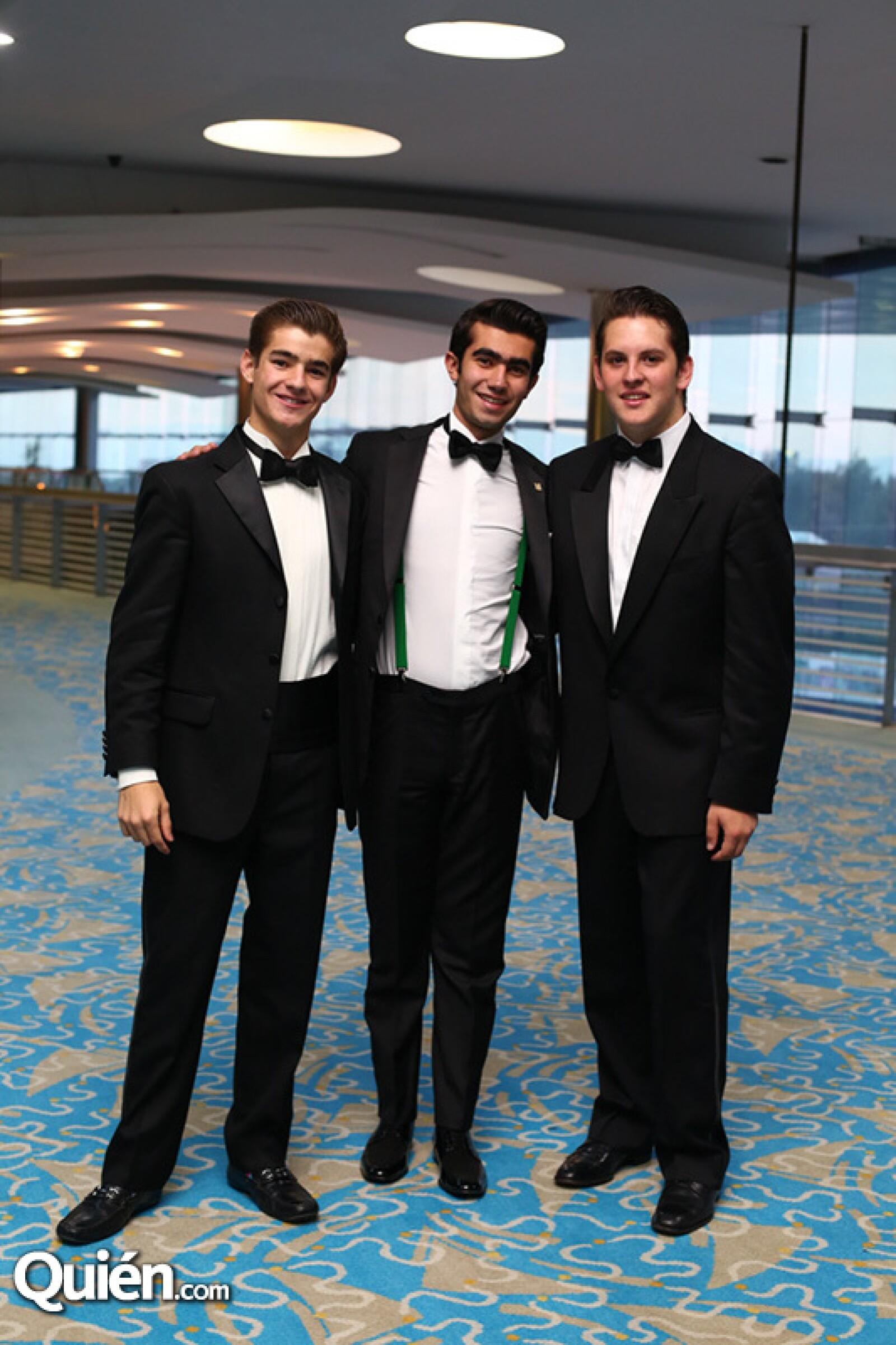 Eduardo Serrano, Rodrigo Revilla y Juan Pablo Gutiérrez