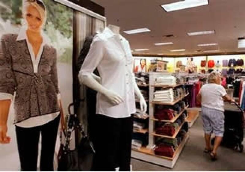 Las tiendas minoristas registraron una mejoría en el consumo. (Foto: AP)