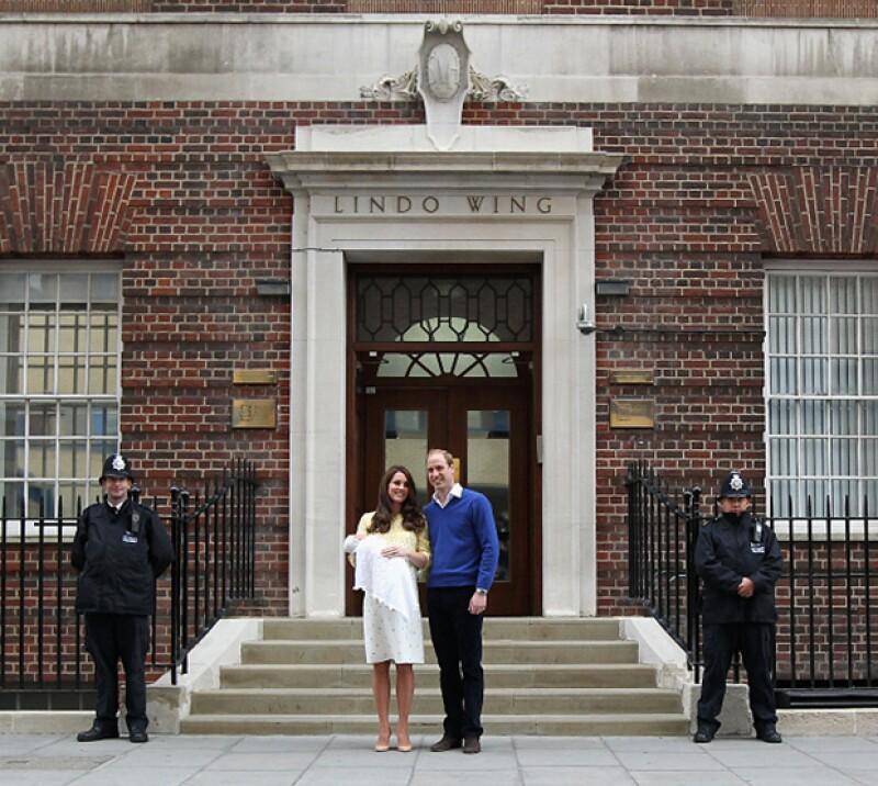 Este año, el 2 de mayo para ser precisos, nació la princesa Charlotte, hija del los duques de Cambridge, Kate y William.