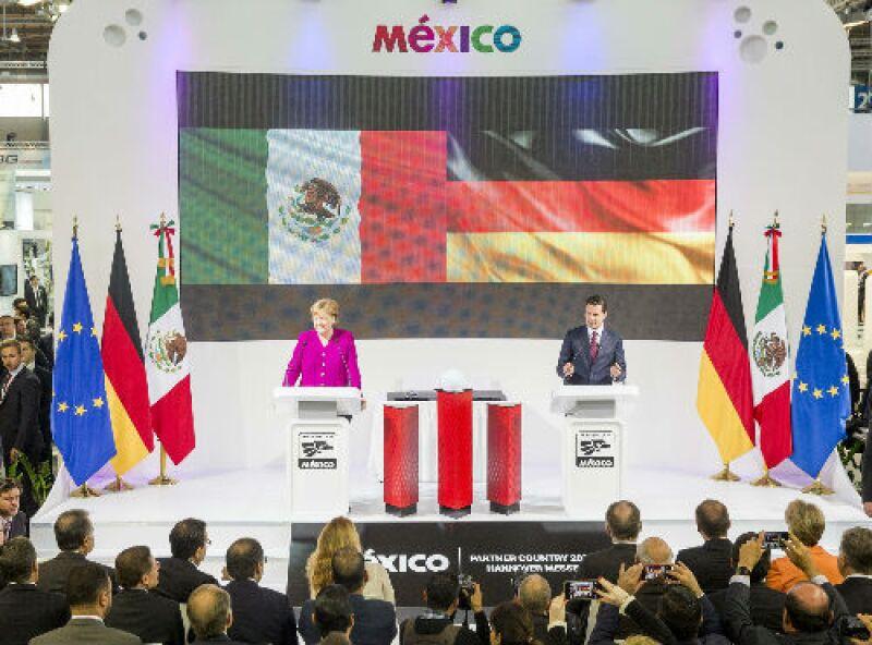 Pe�a y Merkel en la feria de Hannover Messe 2018