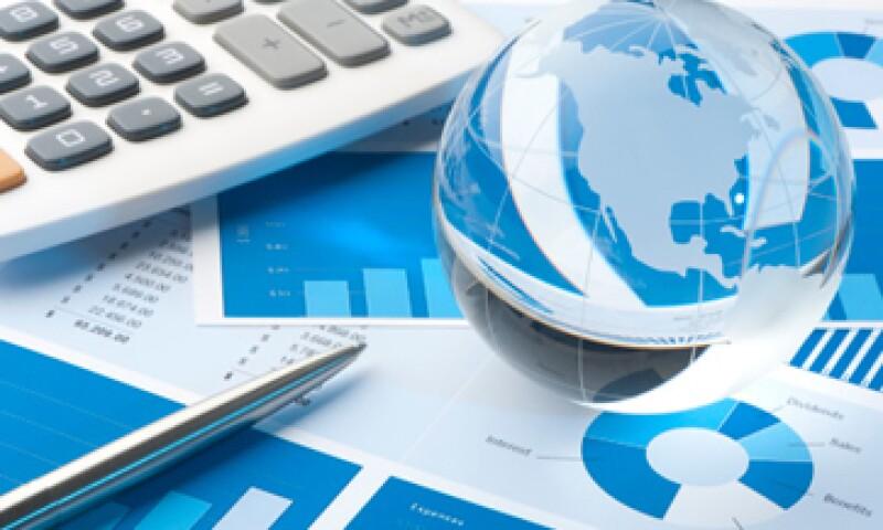Banxico estima que el déficit en cuenta corriente se ubicará en 2% del PIB en este año. . (Foto: iStock by Getty Images. )