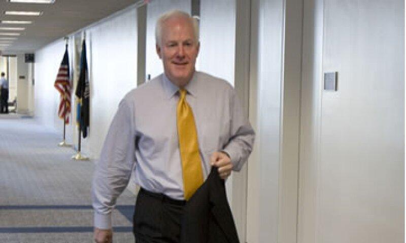 John Cornyn calificó de 'irresponsable' la advertencia de Obama sobre las implicaciones de una declaratoria de insolvencia financiera. (Foto: AP)