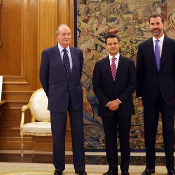 enrique Peña Nieto y el Rey Juan Carlos de España  y el principe felipe