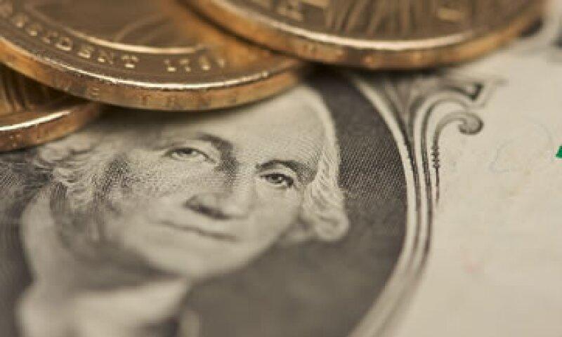 El tipo de cambio para solventar obligaciones denominadas en moneda extranjera es de 12.6555 pesos. (Foto: AP)