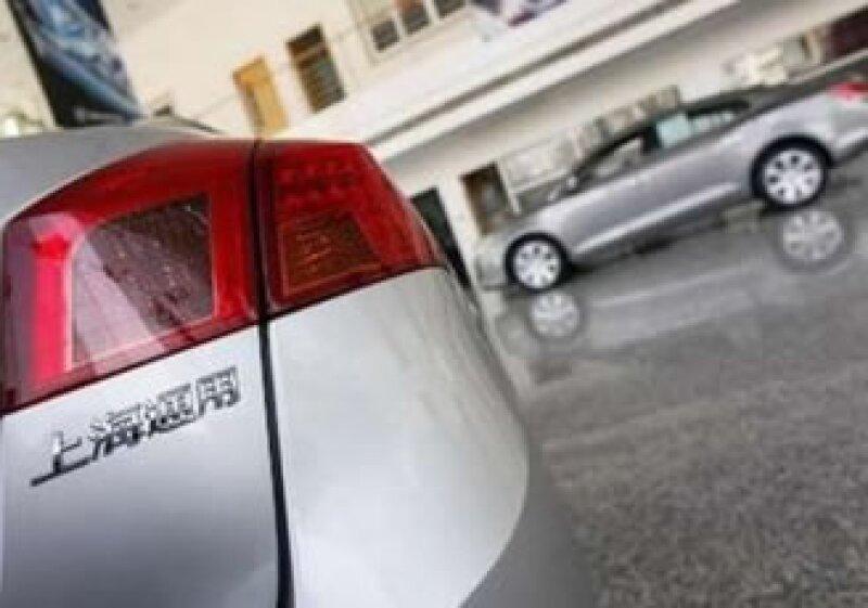 China espera vender 13 millones de autos en este año. (Foto: Reuters)