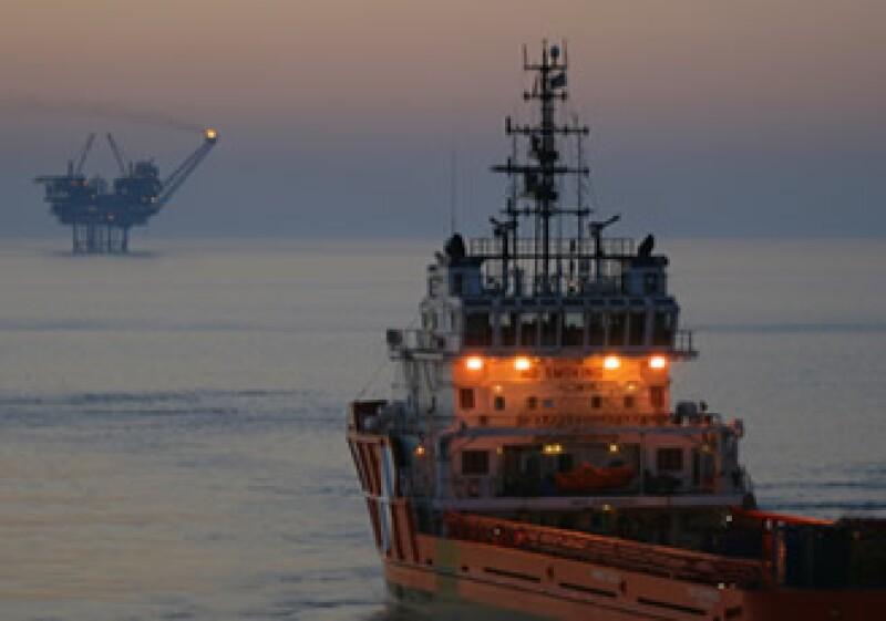 Las exportaciones petroleras de enero generaron ingresos de 3,800 millones de dólares. (Foto: Archivo)