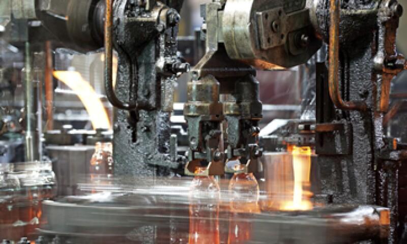 La empresa también reparará a mediados de 2016 el horno de vidrio flotado que opera en Mexicali. (Foto: iStock by Getty Images.)