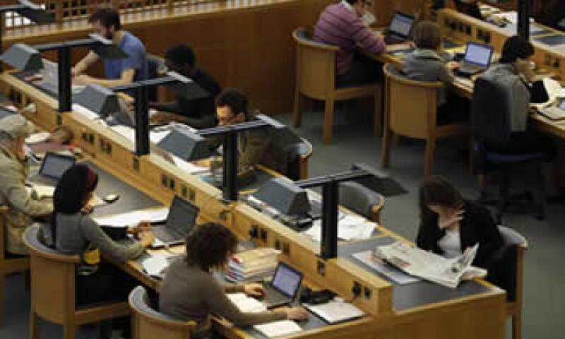 Hasta ahora Google ha copiado más de 20 millones de libros para el proyecto. (Foto: AP)