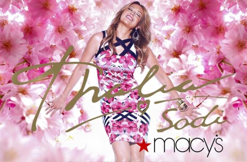 El día de hoy la cantante presentará en Nueva York su línea de ropa &#39Thalía Sodi Collection&#39 en la tienda departamental estadounidense.