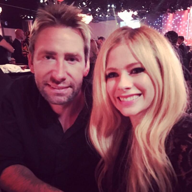 Avril parecía estar muy feliz con Chad, además, Gossip Cop asegura que un insider confirmó que Avril y Chad estaban de regreso.