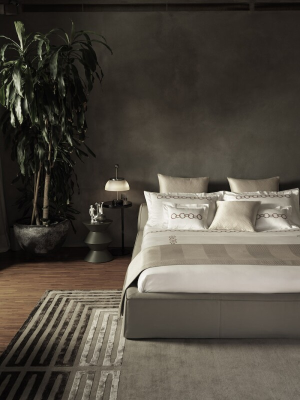 chains-herringbone-bed-2