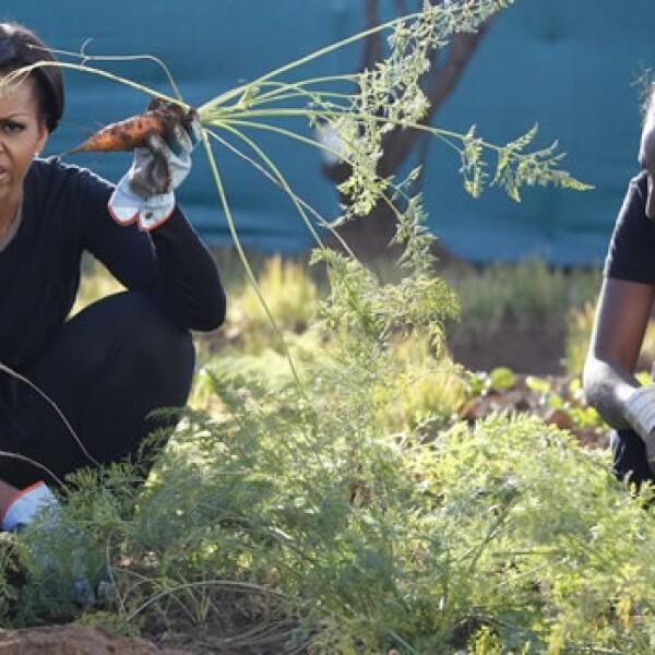 Michelle Obama - Sudáfrica - cosechando