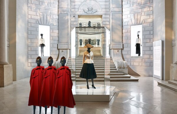 Exposision-dior-chanel