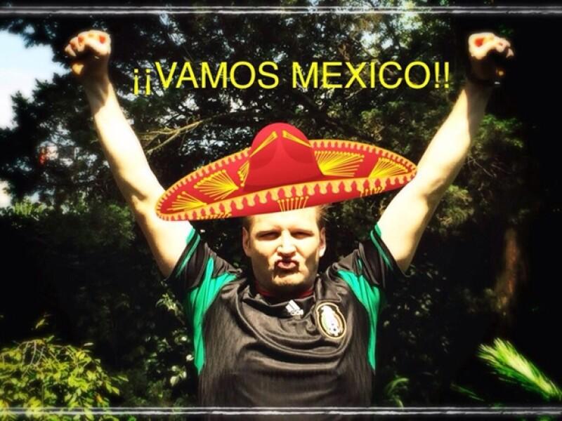 Gusto, descontento, emoción, diversas personalidades sintieron la euforia mundialista junto a la selección mexicana en su primera victoria.