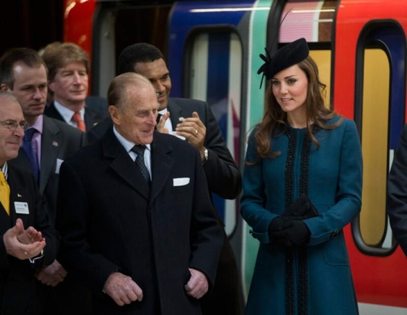 Kate con el Duque de Edimburgo.