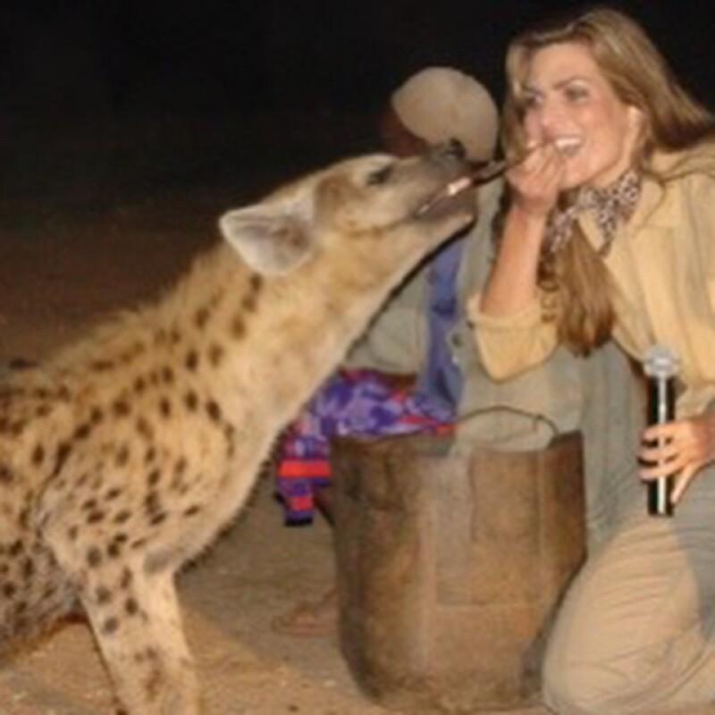 Una de las especies más desagradables pero con toda la valentía del mundo, Montserrat la abrazó.