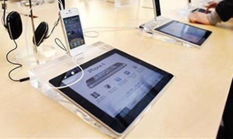 La nueva generación de la iPad contará con una pantalla de alta resolución de 2,048 por 1,536 pixeles, según el reporte. (Foto: Reuters)