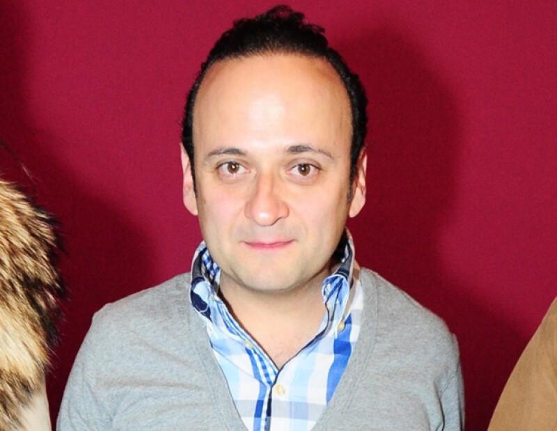El comediante mexicano aseguró a los medios de comunicación que la pérdida de su pareja le dio el valor para confesar sus preferencias sexuales.