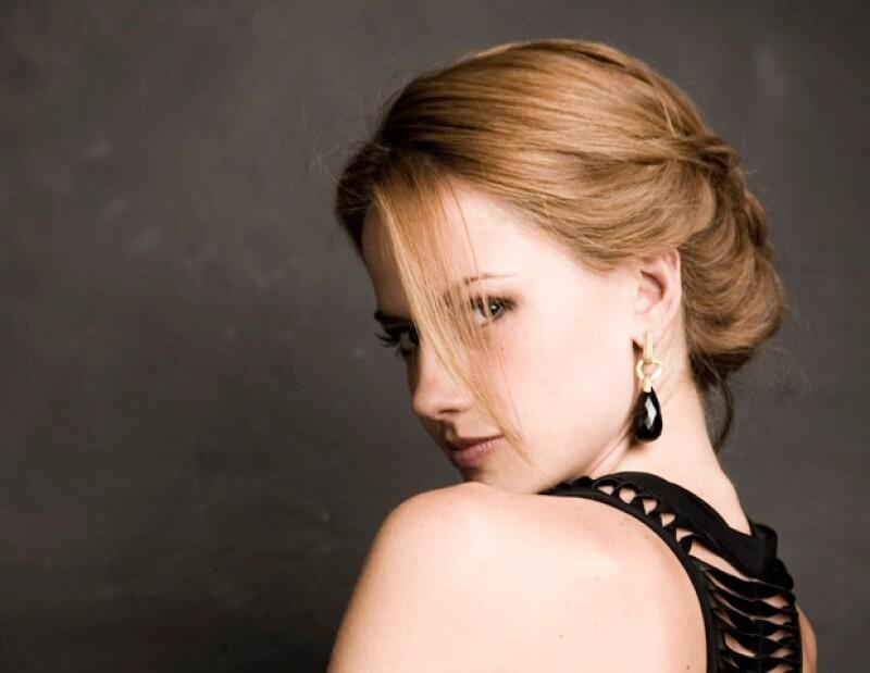 La actriz es la villana de la telenovela Abismo de Pasión.