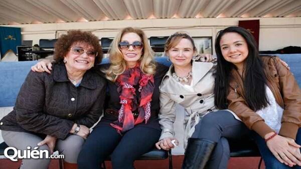 Laura García,Toni Camil,Yadira Quiñones,Marisol Montejano