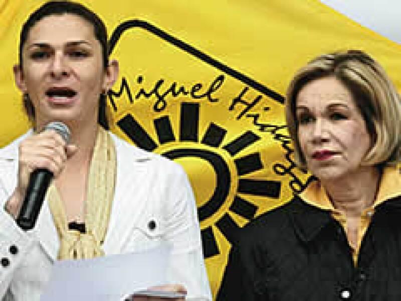 Ana Gabriela Guevara y Guadalupe Loaeza son la carta fuerte del PRD para ganar votos en las elecciones de 5 de julio en el DF. (Foto: Isaac Esquivel/Cuartoscuro)