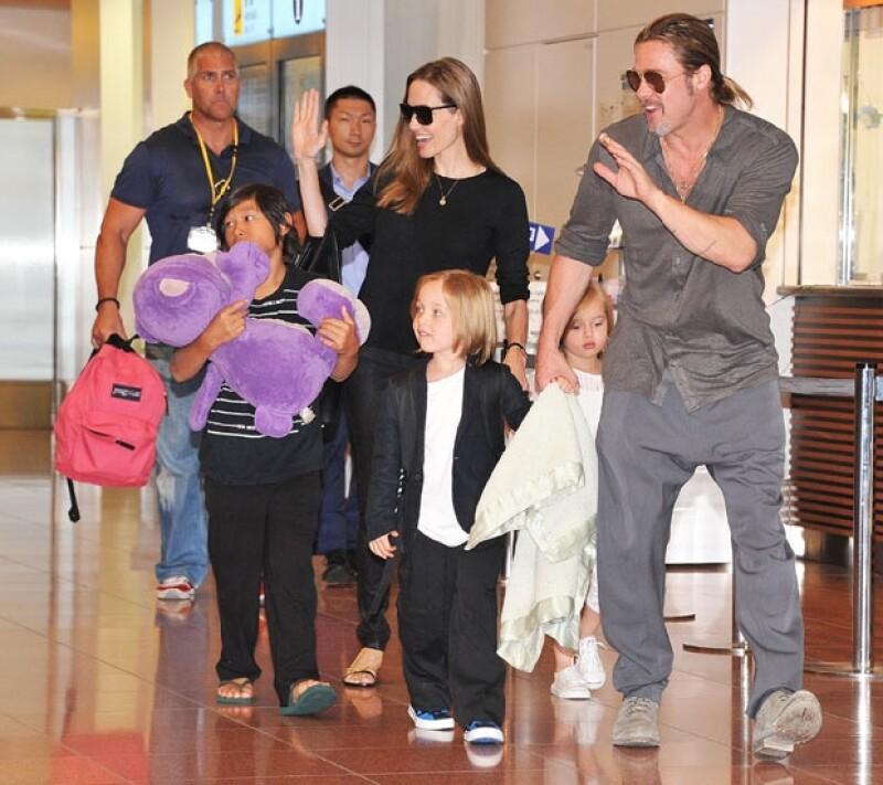 Angelina y Brad viajarán a abril a Etiopía para visitar algunos orfanatos en los que puedan adoptar.