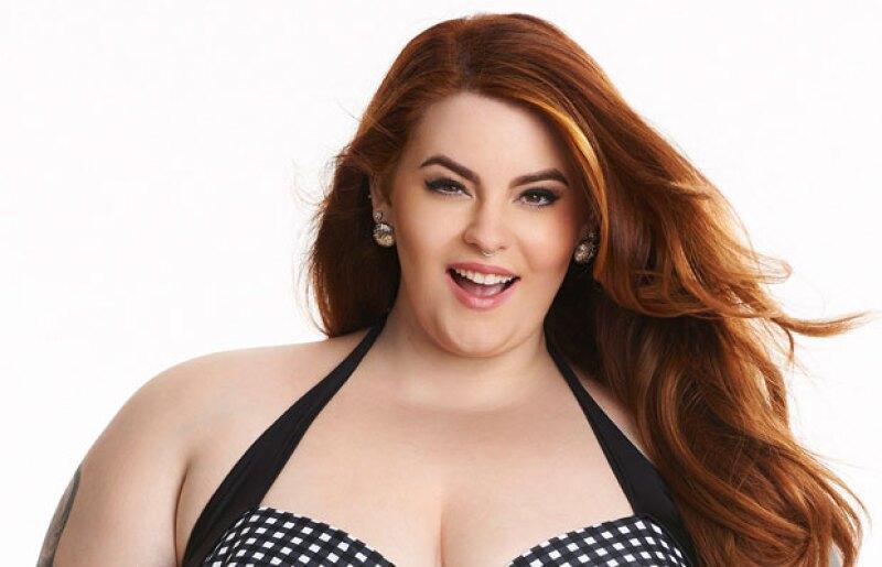 """Esta red social enfrenta una nueva polémica al haber considerado """"inapropiada"""" la foto en bikini de una de las modelos curvy más reconocidas del mundo: Tess Holliday."""