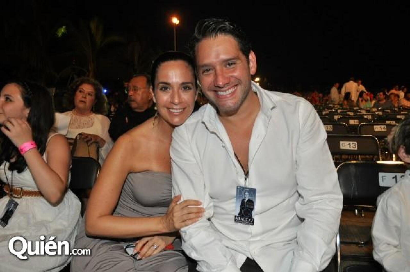 Alan Ibarra y Maite Embil.