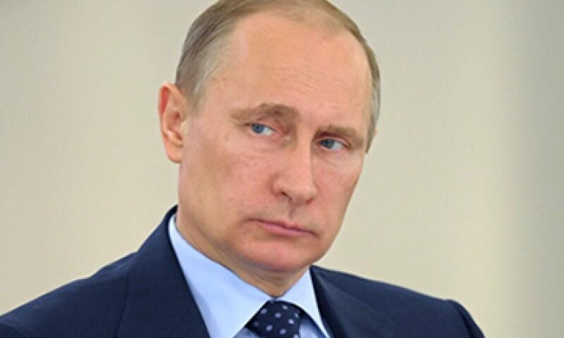 Las restricciones europeas ya afectan a 48 personalidades, tanto rusas como del ala separatista ucraniana. (Foto: EFE)