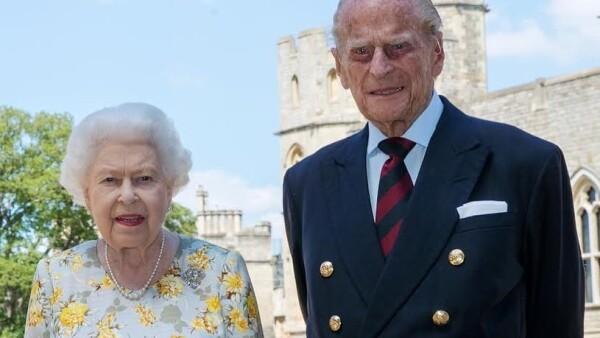 Reina Isabel II y el duque de Edimburgo