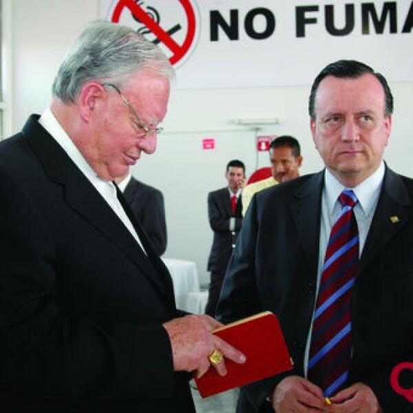 Cardenal Juan Sandoval Iniguez, Ernesto Espinoza Guarro