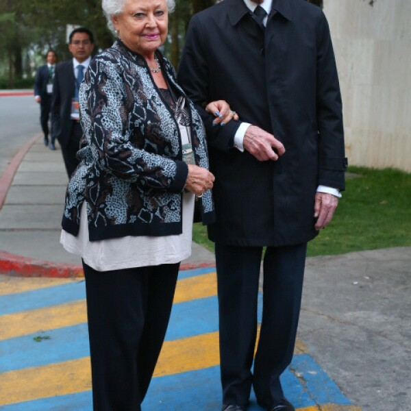 Sara Nerubay y Jacobo Zabludovsky.