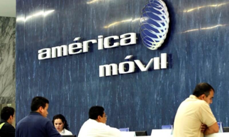 AMóvil busca reducir su participación de mercado por debajo del 50%. (Foto: Reuters)