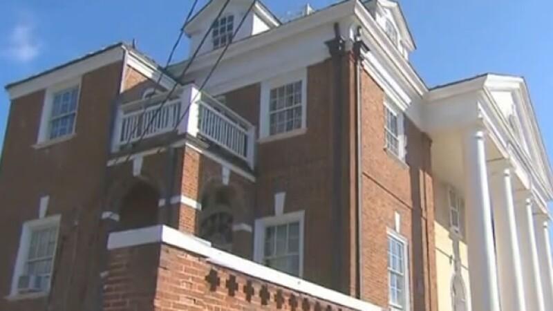 La Universidad de Virginia suspendió las hermandades tras una denuncia de violación