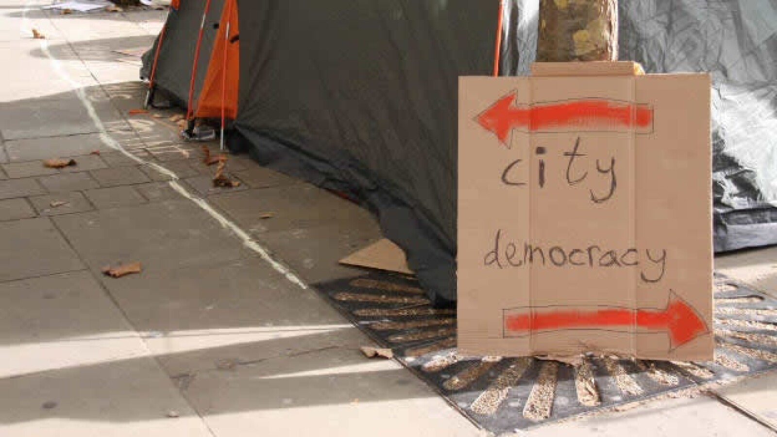 Ocupa Londres - pancartas