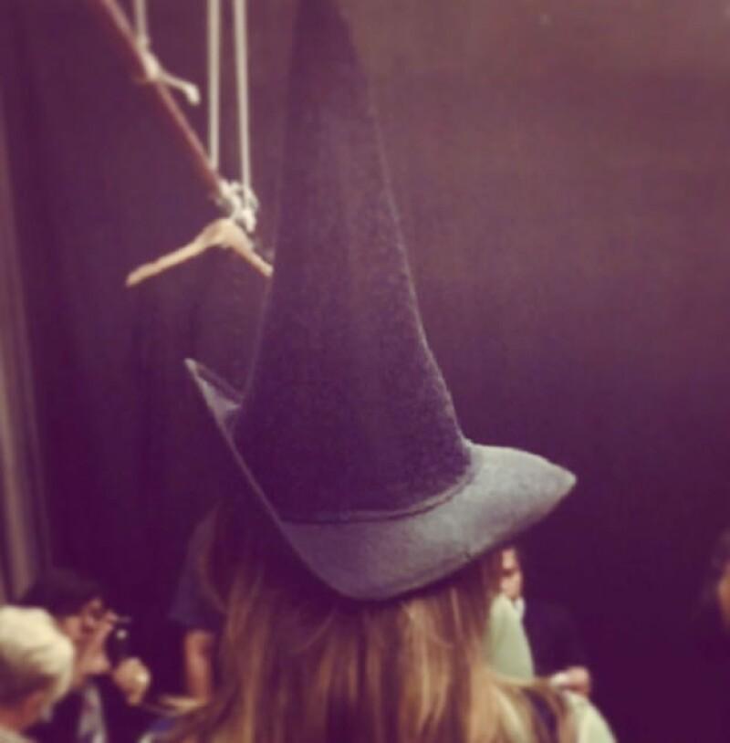 Danna Paola tiene el protagónico de Wicked y dará vida a Elphaba. Esta foto la compartio cuando se dio el anuncio.