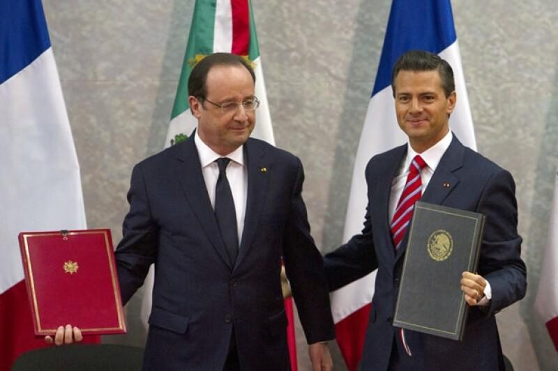 El su primera visita a México, el presidente de Francia, François Hollande, dijo que la relación con México debe ser calurosa.