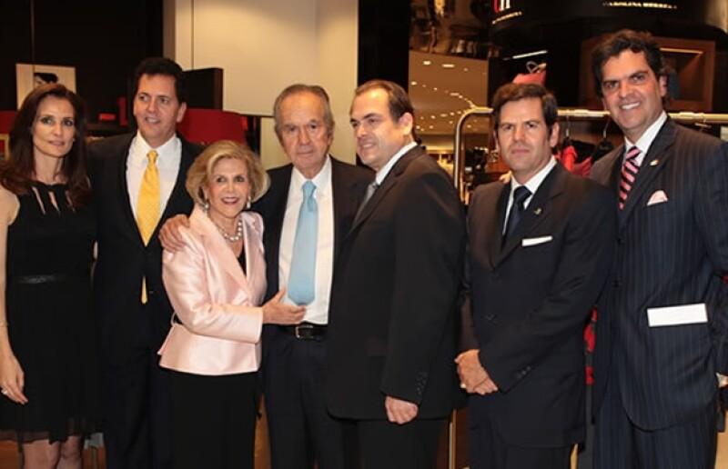 Don Alberto Baillères con toda su familia.