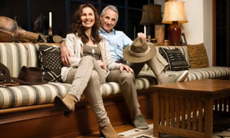 Los ex periodistas Mel y Patricia Ziegler, ahora de 67 y 63 años, respectivamente, tejieron sus hilos con el oro de las ventas minoristas. (Foto: Tomada de CNNMoney.com)