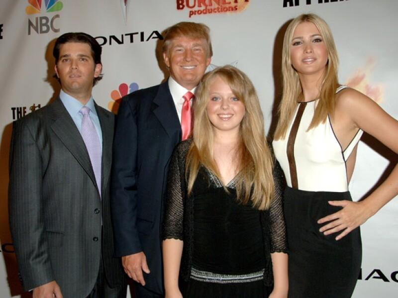 En esta imagen del 2006 se puede apreciar a Donald Trump con sus hijos Donald Jr, Tiffany e Ivanka.
