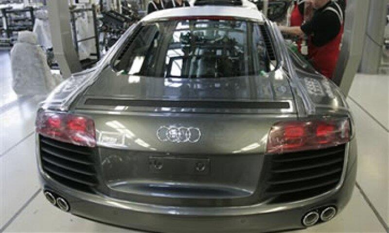Audi prevé invertir más de 10,500 mde en el desarrollo de nuevos modelos. (Foto: AP)
