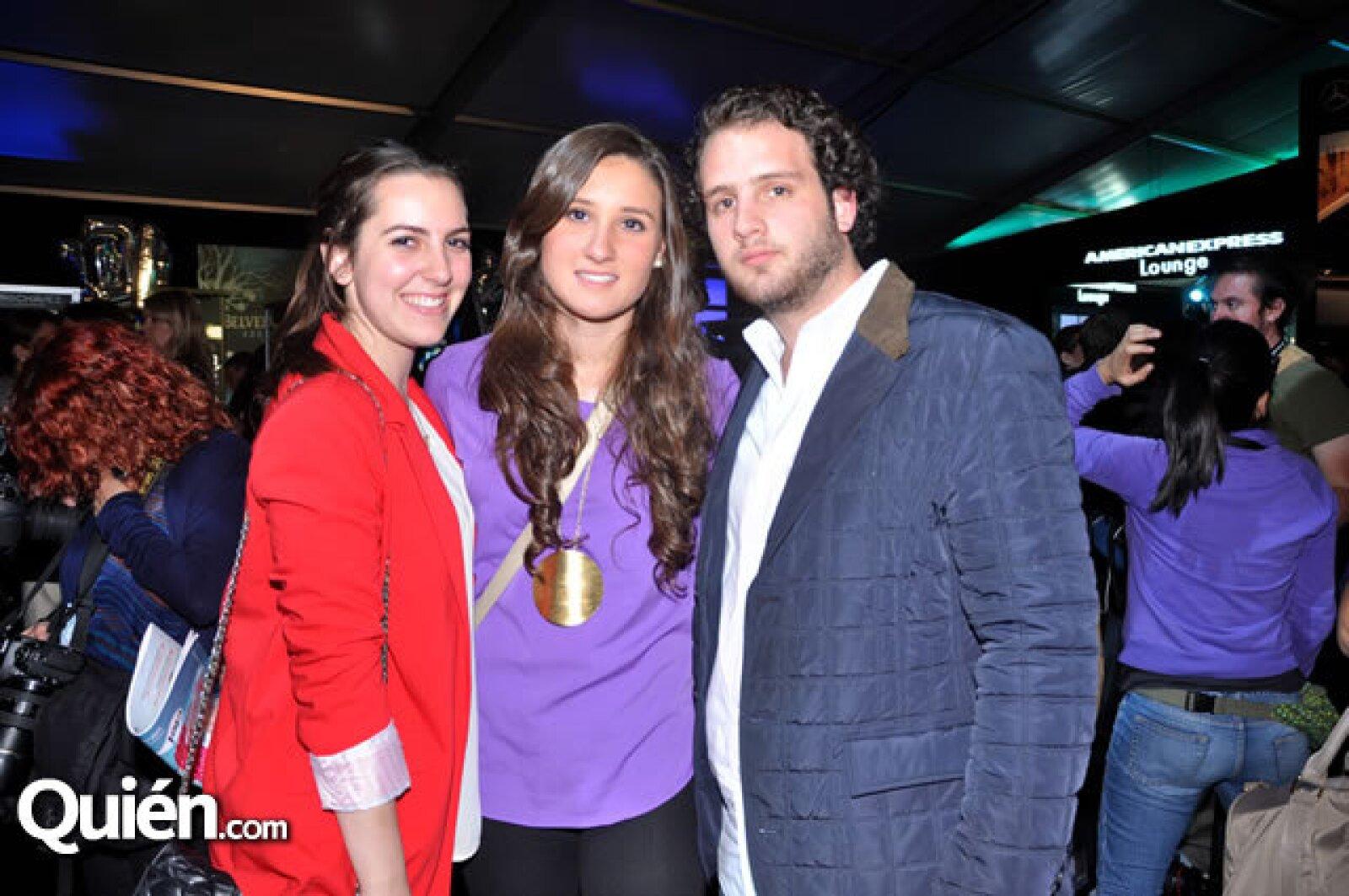 Paula Troconis, Karla Iturbe y Ricardo Beevor