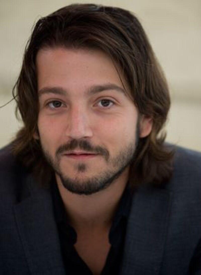 El mexicano Fernando Eimbcke también figura entre los competidores, se encuentra en la categoría de mejor película hispanoamericana.