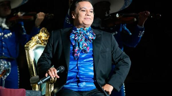 Actores, cantantes, periodistas, conductores, todos hicieron uso de sus redes sociales para expresar sus sentimientos luego del fallecimiento del Divo de Juárez.