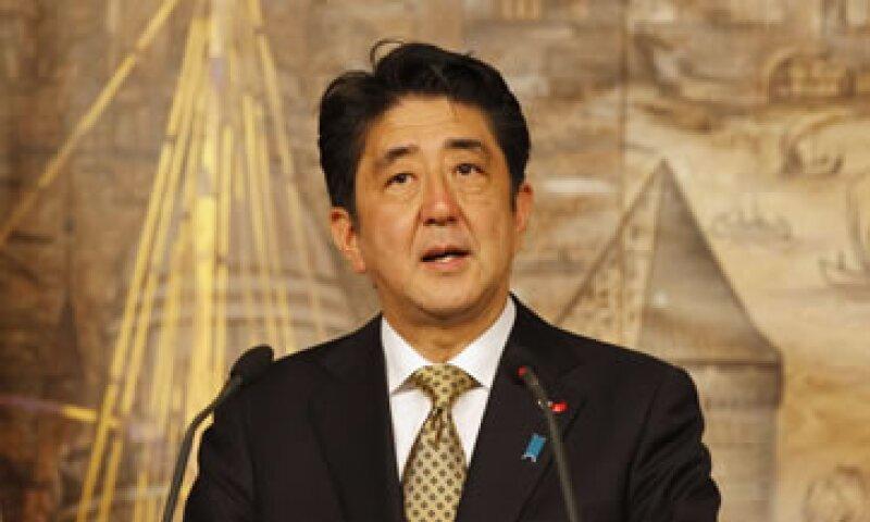 Shinzo Abe ha defendido una mayor coordinación en materia de política monetaria entre el Gobierno y el banco central. (Foto: Reuters)